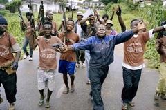 라이베리아: 함락 초읽기 (Liberia: an uncivil war)