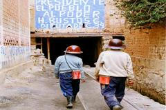 어린 광부 Child Miners